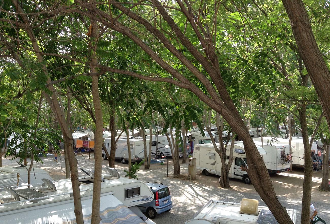 Da ciccio parking area attrezzata camper tropea for Area clienti 3 servizi in abbonamento